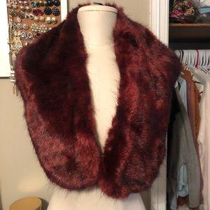 Burgundy faux fur stole NWT